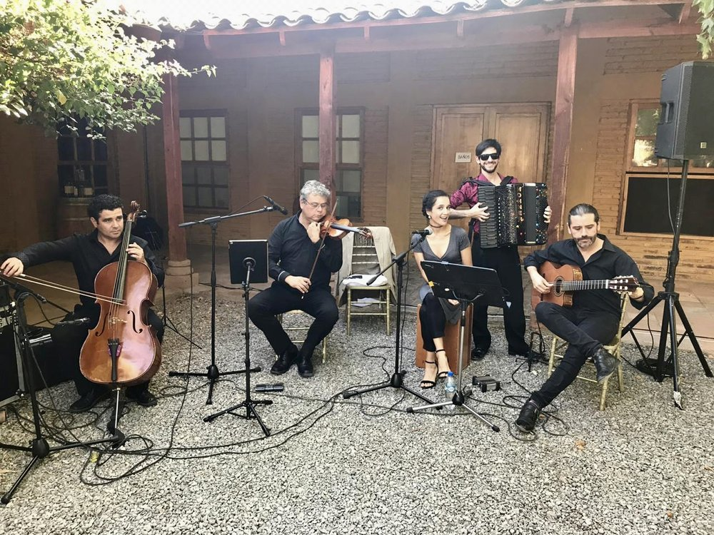 Coro y músicos para matrimonios Agez Chile