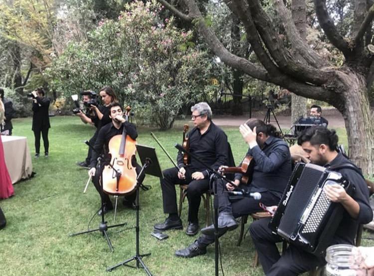 Musicos para matrimonios Agez Chile
