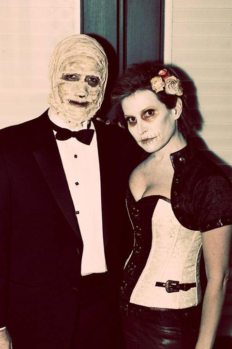 Skeleton and Mummy