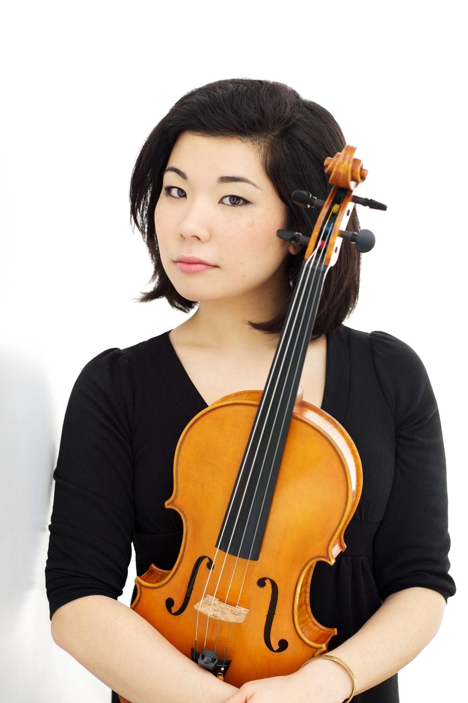Ayane Kozasa (Viola)