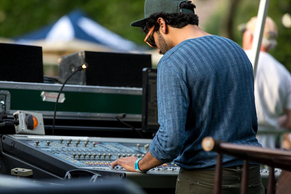 www.dynamitestudioinc.com-rhiannon-gibbons-sonny-little-new-york-central-park-concert-2.jpg