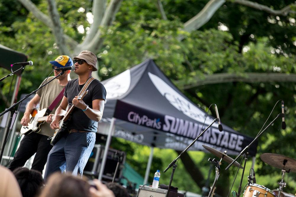 www.dynamitestudioinc.com-rhiannon-gibbons-sonny-little-new-york-central-park-concert-5.jpg