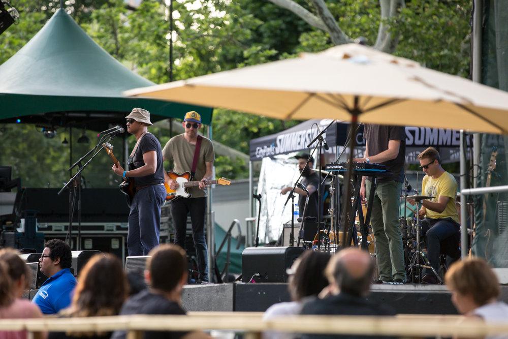 www.dynamitestudioinc.com-rhiannon-gibbons-sonny-little-new-york-central-park-concert-7.jpg