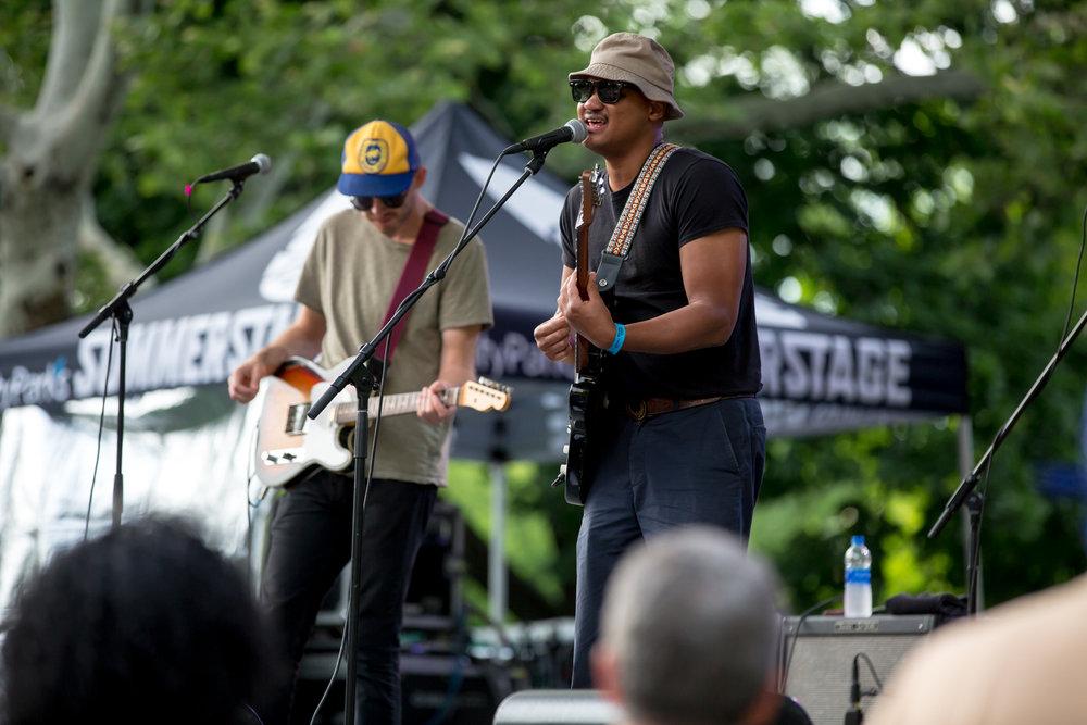 www.dynamitestudioinc.com-rhiannon-gibbons-sonny-little-new-york-central-park-concert-9.jpg
