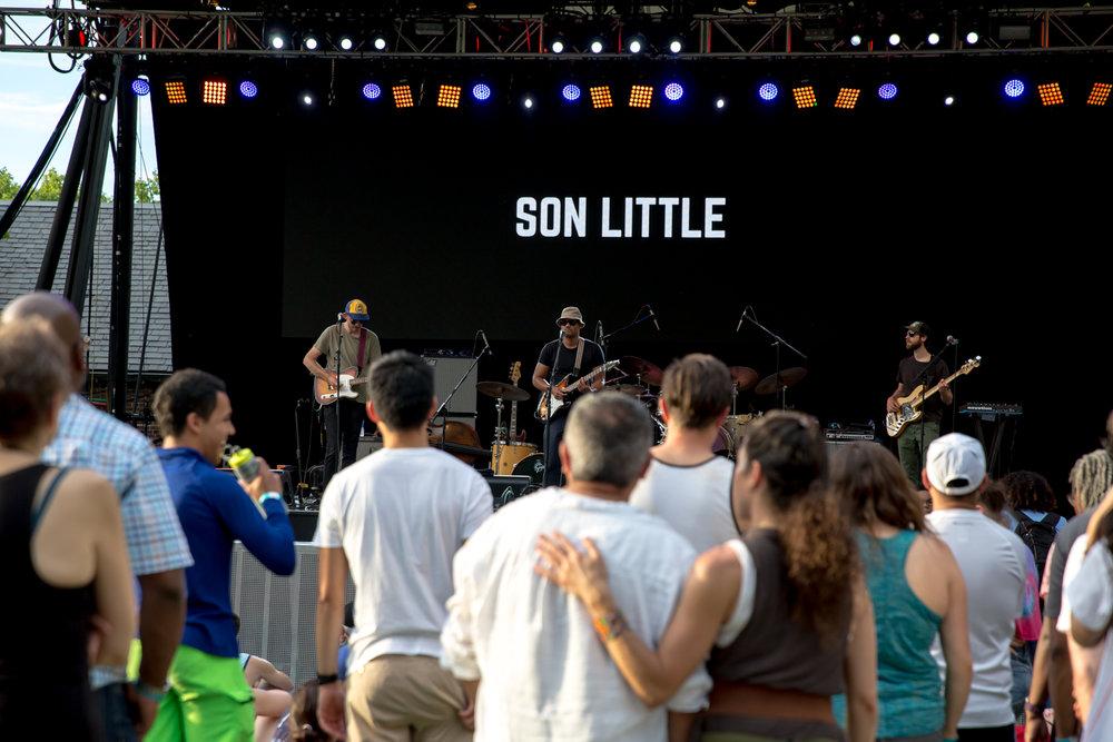 www.dynamitestudioinc.com-rhiannon-gibbons-sonny-little-new-york-central-park-concert-11.jpg