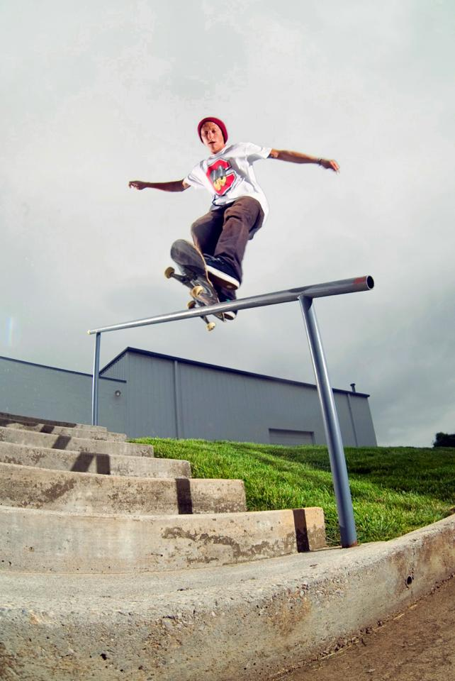 Ryan Cooper: frontside feeble  Knoxville, Tennessee  Photography: Chris Mcdonald