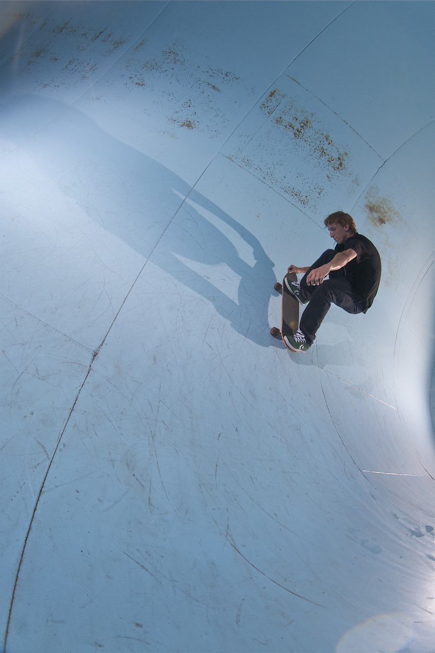 Randy Rhodes: Thrust to fakie  Nashville, Tennessee  Photography: Wil Harcrow