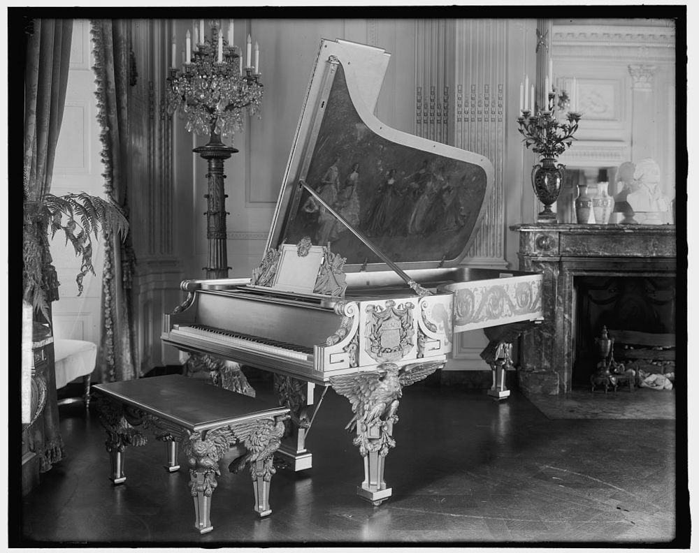 The gold piano in the East Room of the White House, 1905-1938 (Photo by Harris & Ewing, Library of Congress).