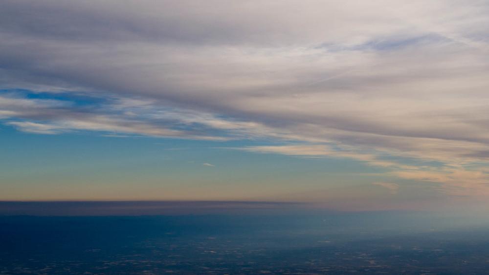 skying (5 of 11).jpg