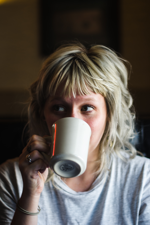 coffee-eyes-girl-photo.jpg