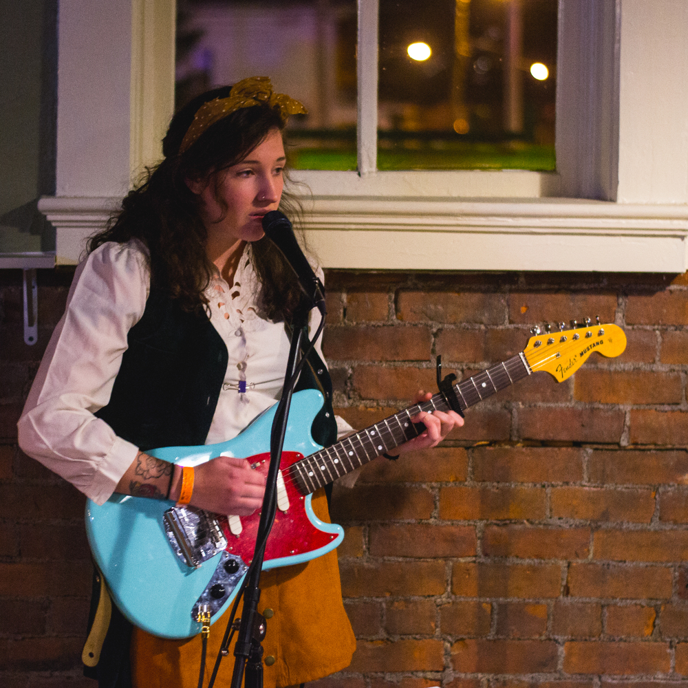 Jess Thrower of Either/Or with her beautiful Fender Mustang