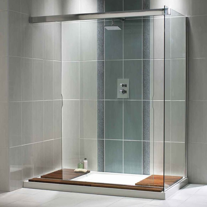 Low-maintenance shower pans