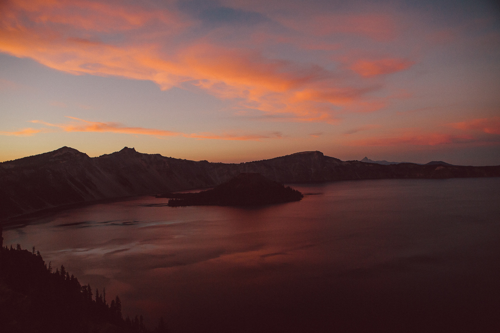 Blood moon Crater lake 2014