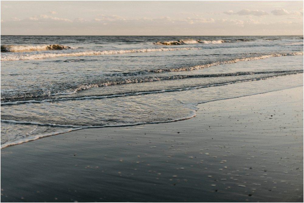 Alisha_Joe_Fort_Fisher_Beach_engagement23.jpg