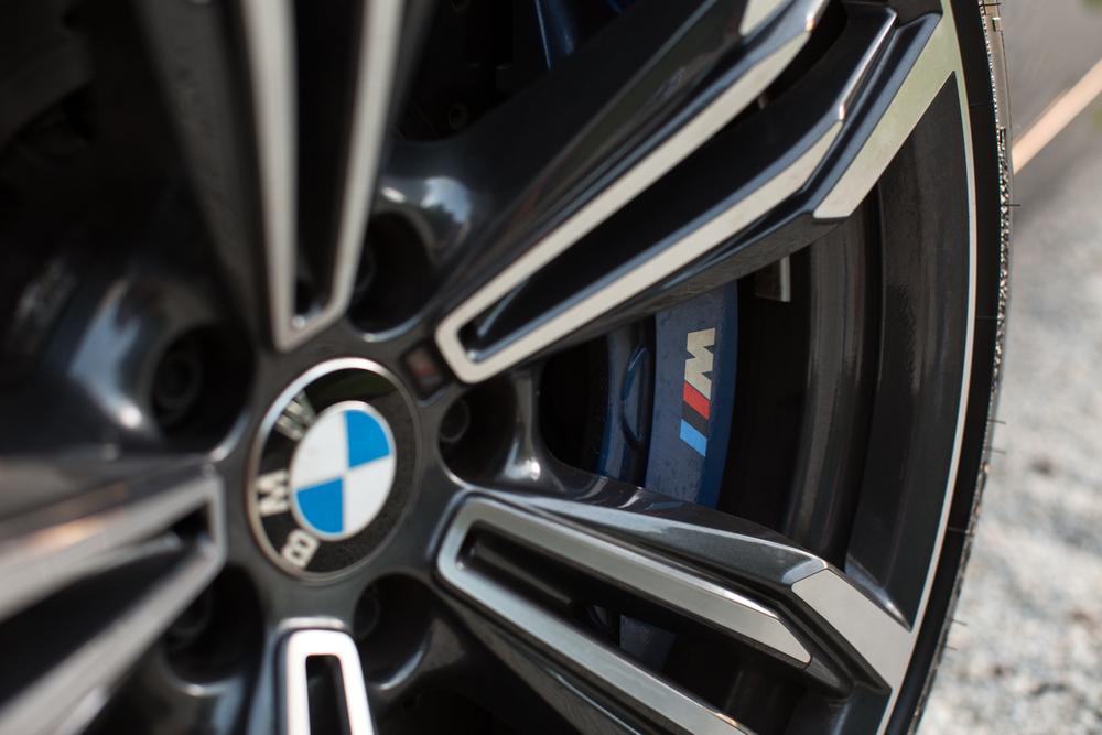 BMWM6-16.jpg