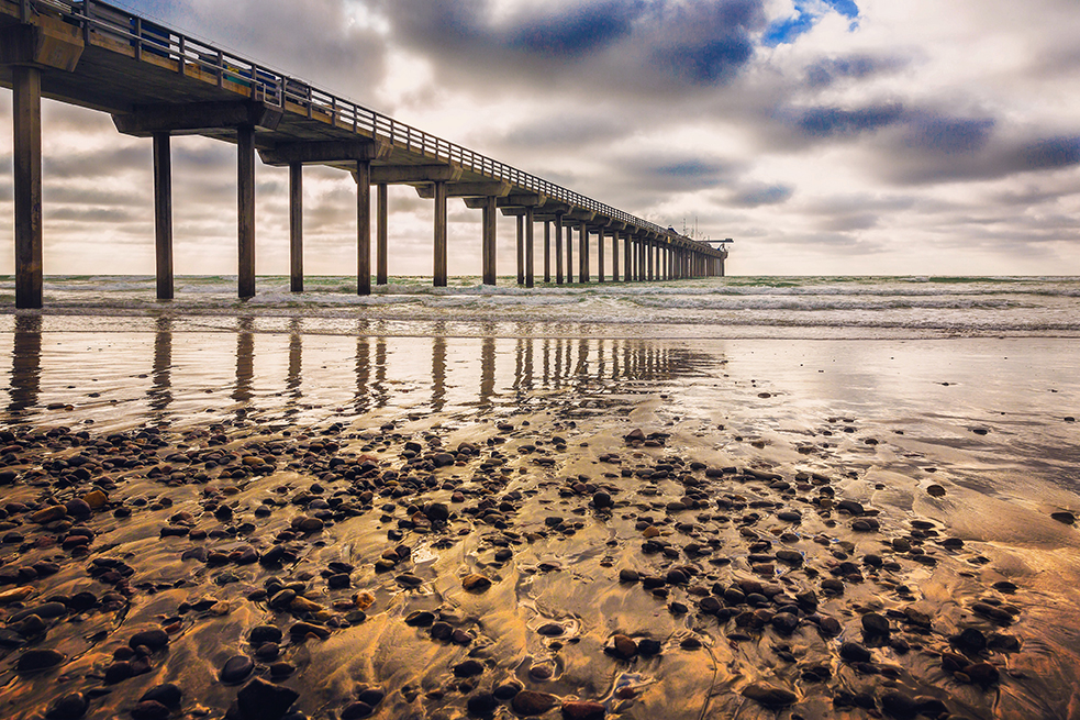 Scripps Pier in La Jolla, San Diego.