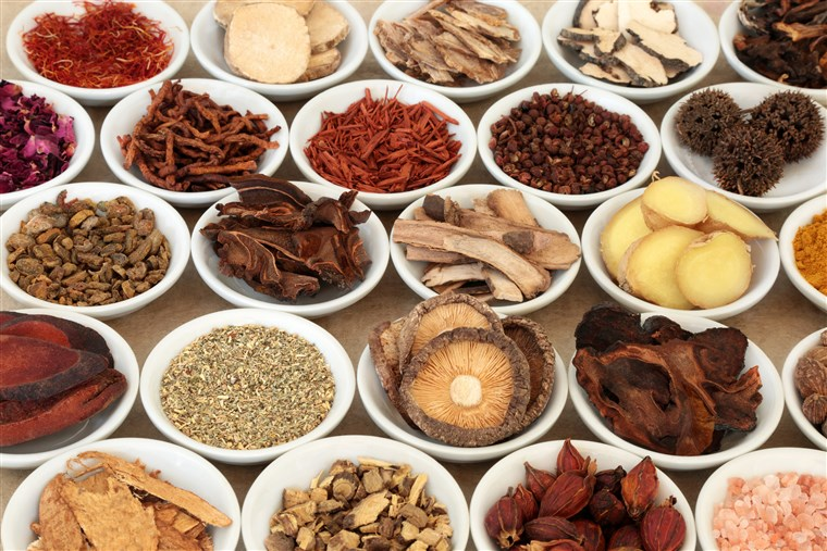 171025-better-chinese-herbal-medicine-se-652p_ee25475b8b5c792ffea3e86dc840d6d5.fit-760w.jpg