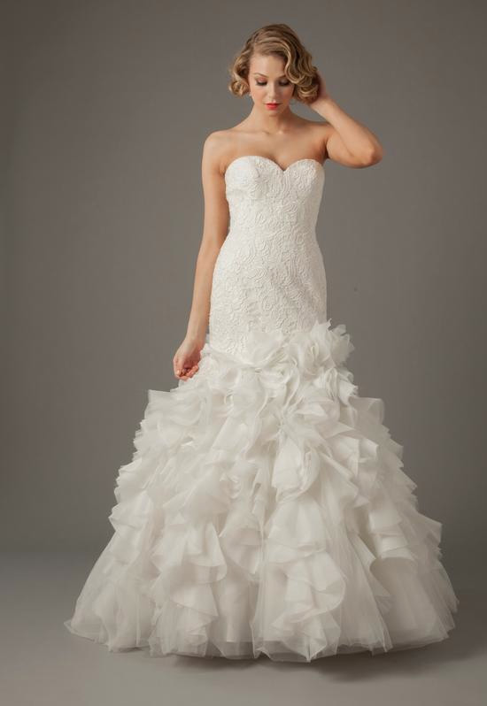 Sweetheart Mermaid Gown in Lace