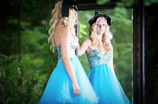 alice in wonderland wedding inspiration photo shoot