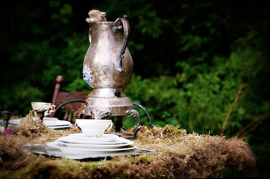 alice in wonderland photo shoot with mouse in teapot