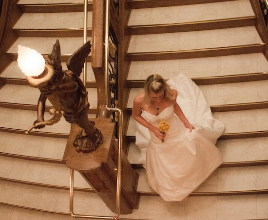 7-titanic-wedding-staircase-bride.jpg