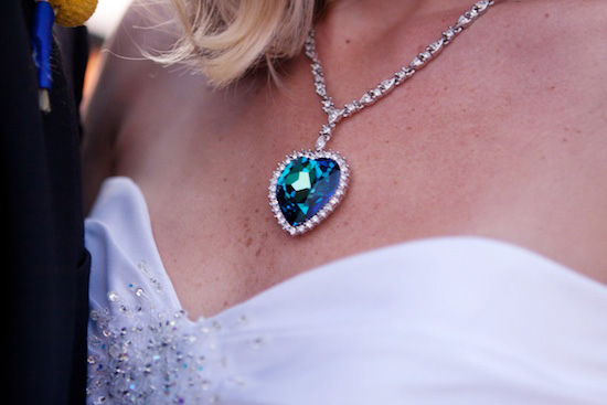 1-titanic-wedding-necklace.jpg
