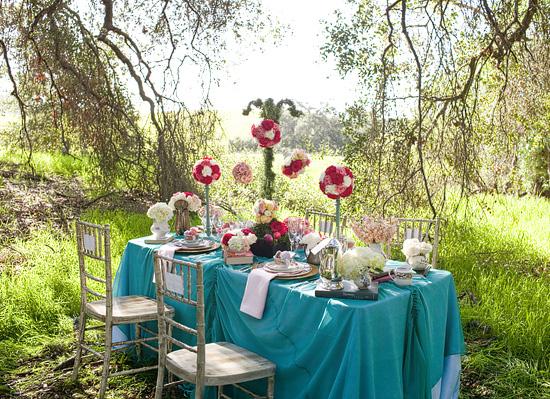 An Elegantly Whimsical Alice in Wonderland Themed Photo Shoot