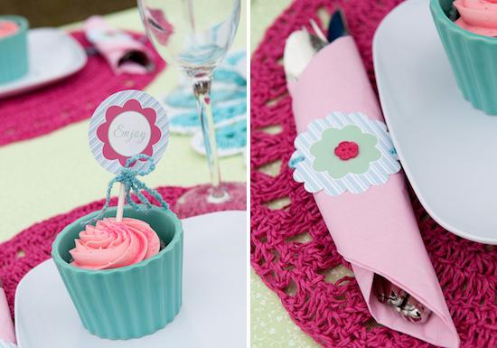 april-mi-cupcake-napkin.jpg