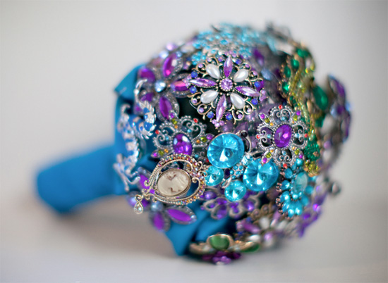 Eye Candy Friday : V89 {peacock Inspired Bouquet With Jewels}