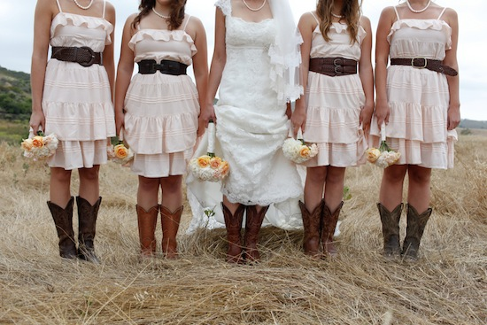 Awesome Country Style Wedding Dresses With Boots Ideas - Styles ...