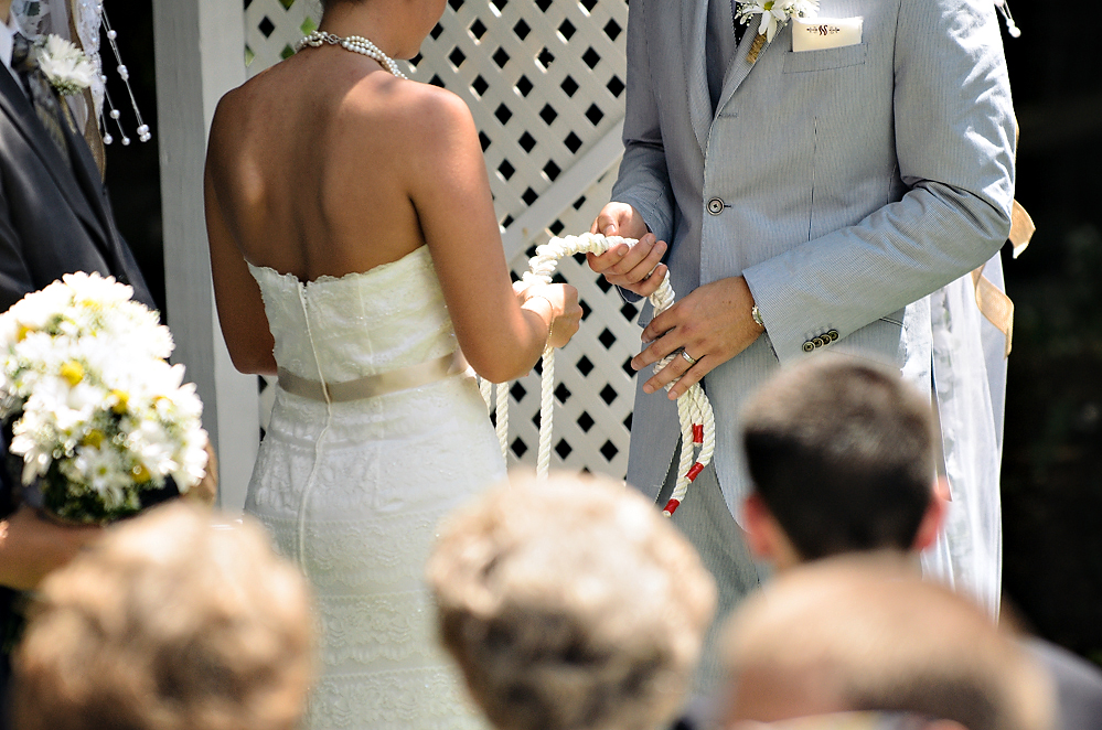 bride-groom-rope-tie.jpg