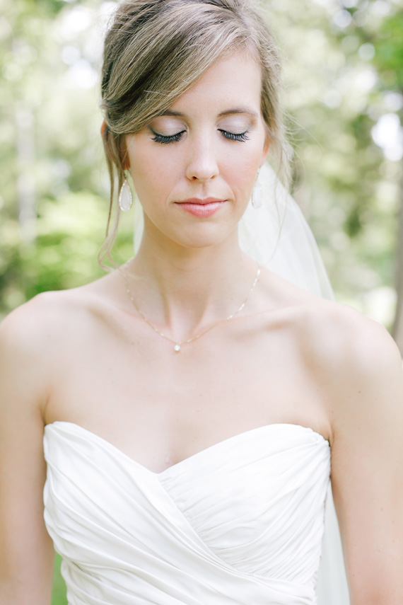 gorgeous bride makeup | photo by  www.annabellacharles.com