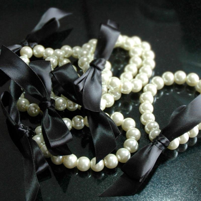 800w-white-tulip-boutique-pearl-bracelets.jpg