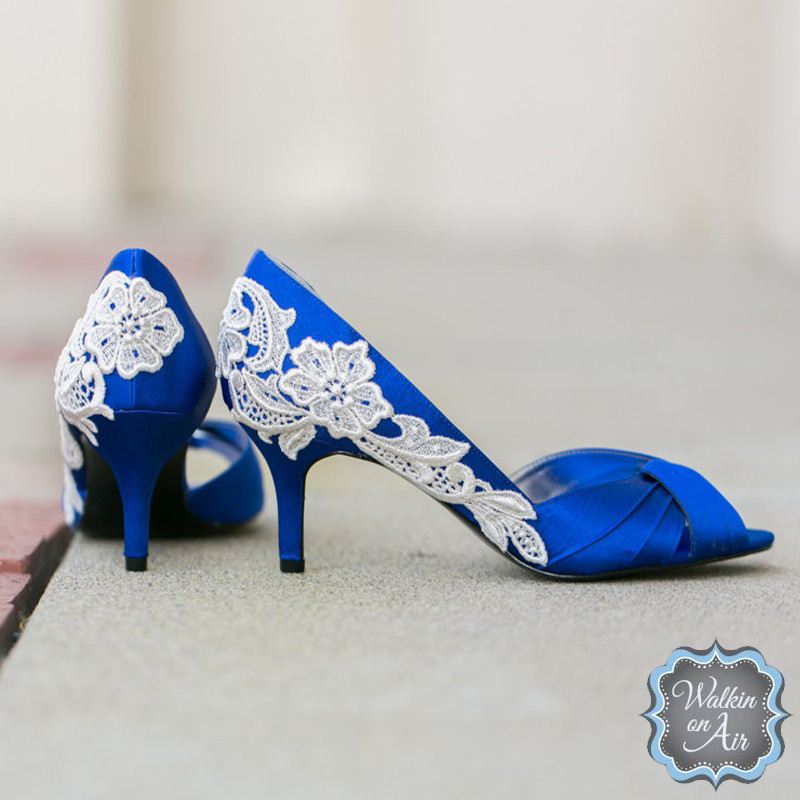 Royal blue satin peep-toe #weddingshoes embellished with an ivory venise lace applique