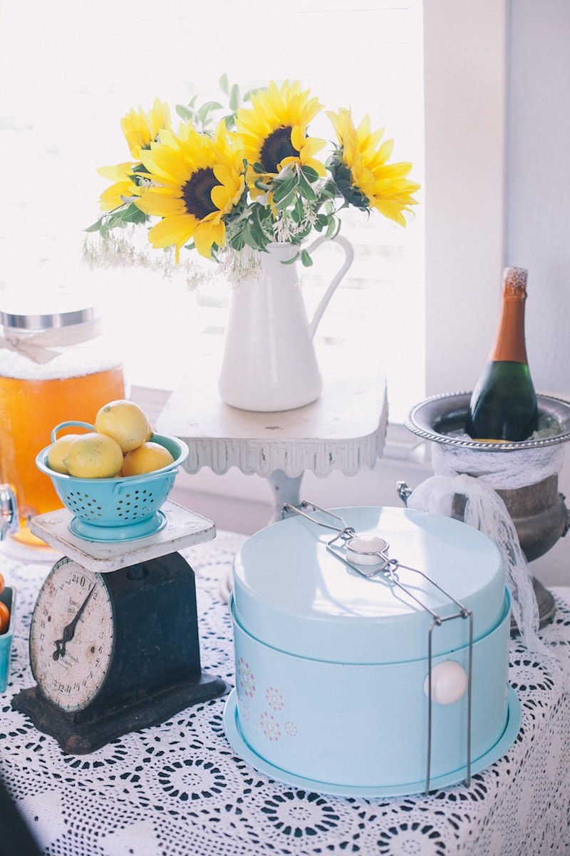 A lovely #vintage #brunch display