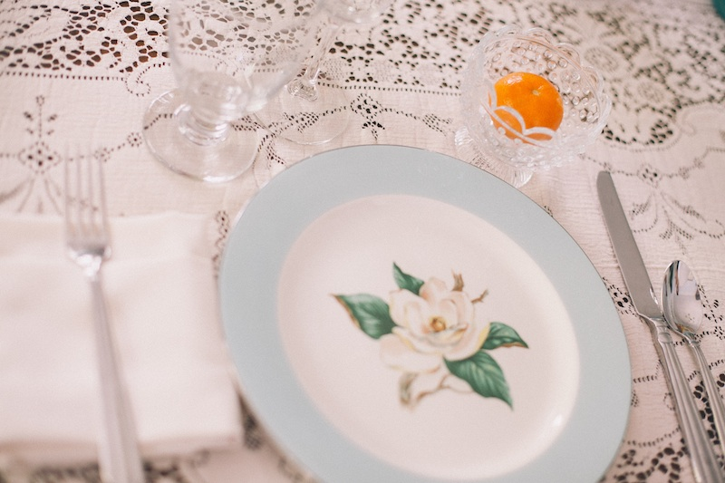 vintage-wedding-bridal-brunch-tablesetting-101513.jpg
