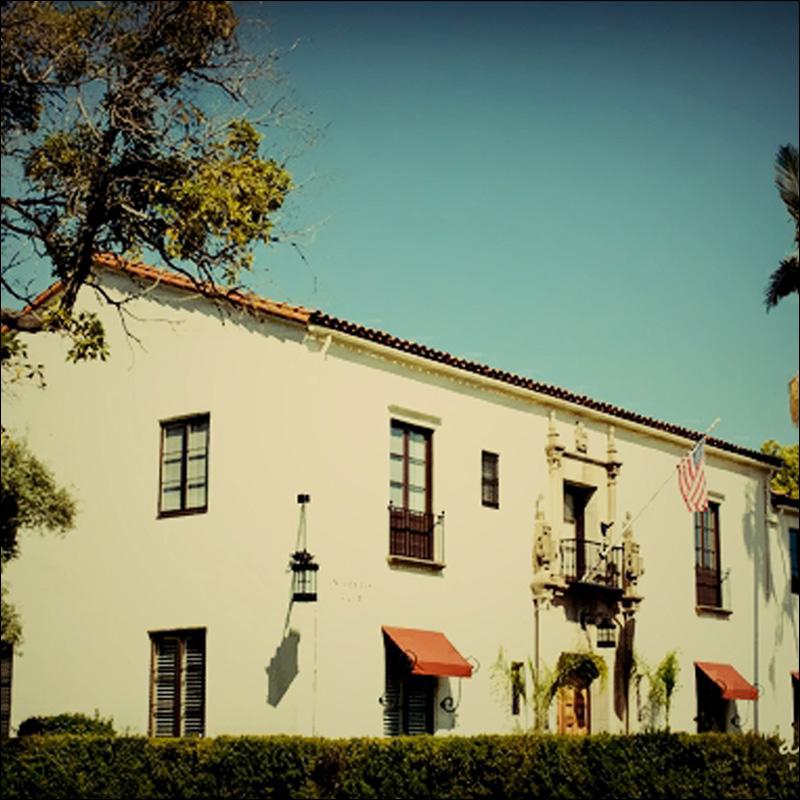 riviera-mansion-listing-800w-2.jpg