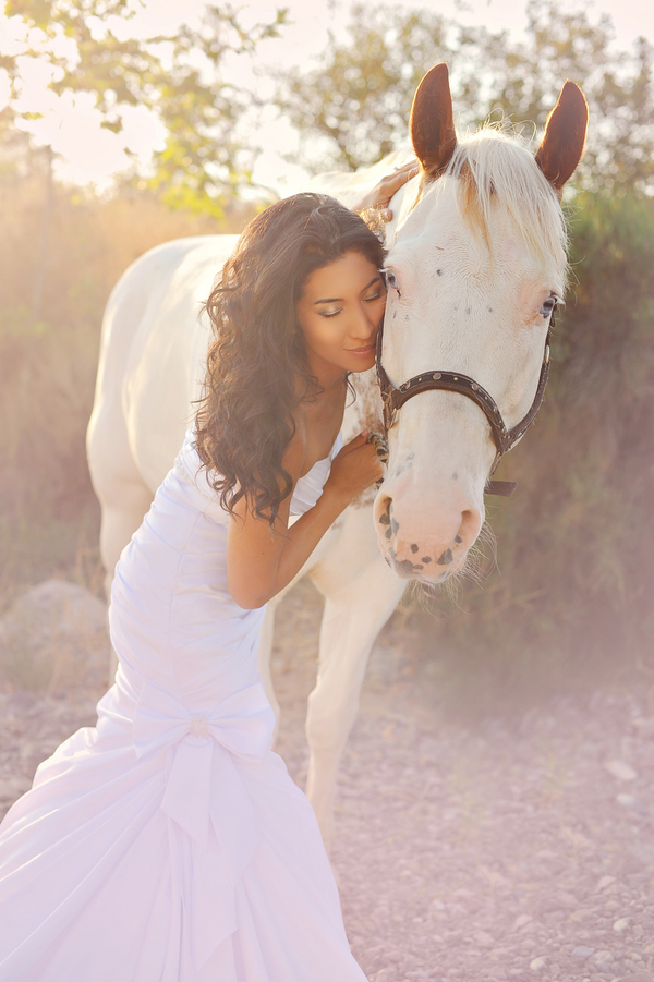 Day After Session, the Bridal Portrait with a horse | from Arina B Photography