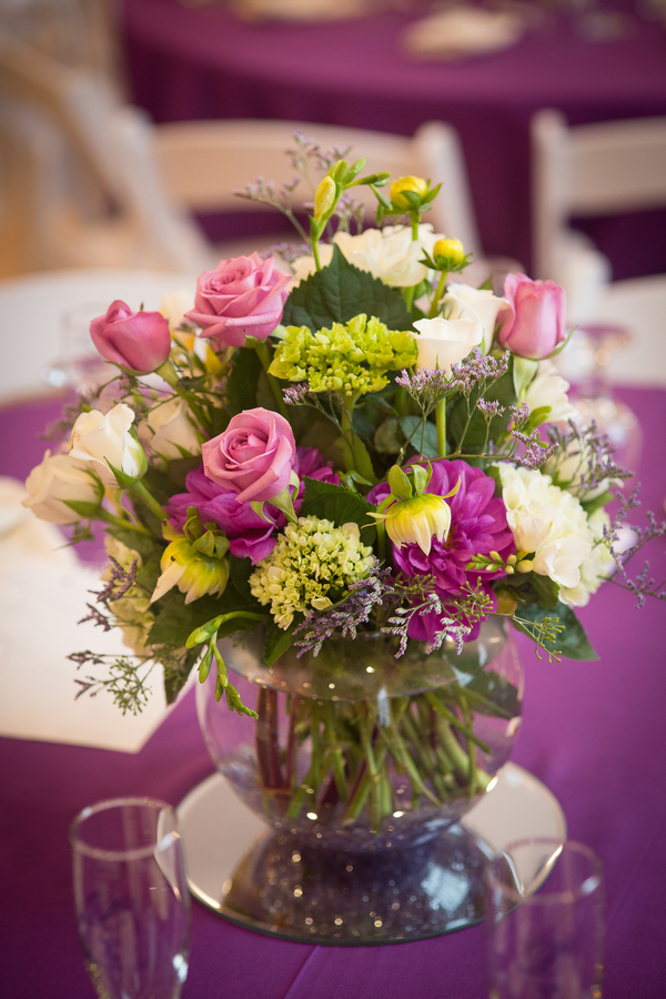 Pretty wedding centerpiece | florals by Alena's Designs | photo by Portrait Design by Shanti