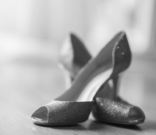 Sparkling high heeled wedding shoes | photo by Portrait Design by Shanti