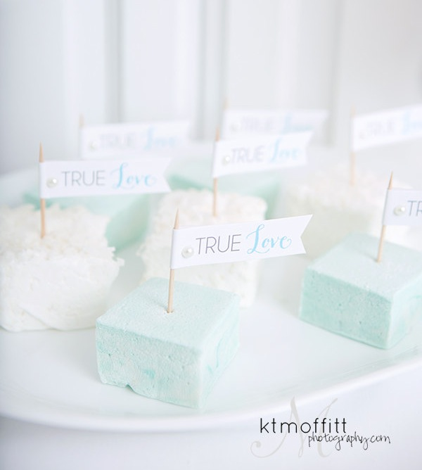 True Love Cupcake Flags - DIY Printable from Go Against the Grain {instant download}