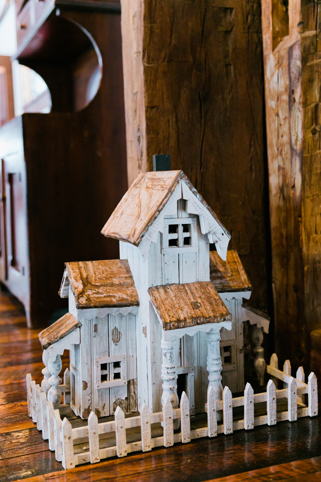 cute antique birdhouse at Riverside Farm in Vermont for weddings - photo by Jasmine Lee Photography