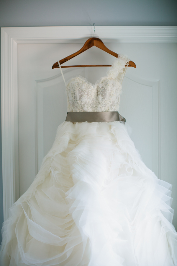 Gorgeous one shoulder Lazarro Wedding Gown | photo by Mary Dougherty Photography