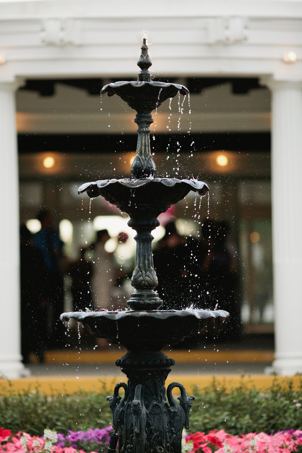 pretty fountain at the reception venue | photo by Mary Dougherty Photography