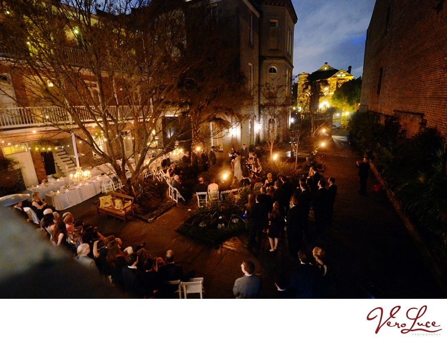 Gorgeous New Orleans courtyard wedding with twinkling lights | photo by VeroLuce Photography