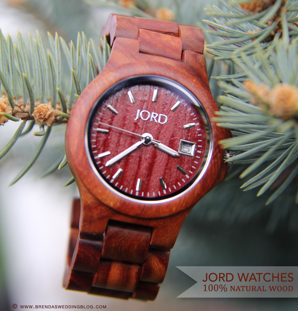 JORD Watches made with 100% natural wood - perfect wedding gifts for the bride and/or groom - even the wedding party | from www.brendasweddingblog.com