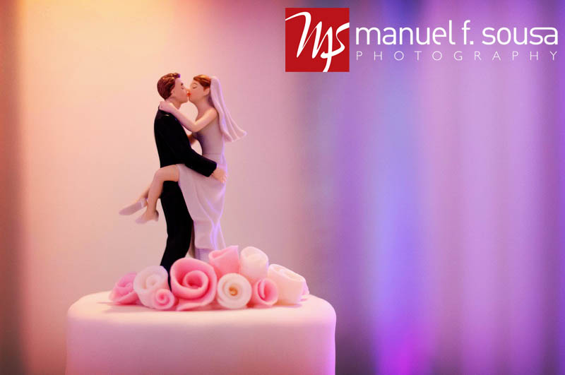 Fun Kissing Couple Wedding Cake Topper | photo by Manuel F. Sousa Photography | Wedding Coordination by Madeline's Weddings and Events