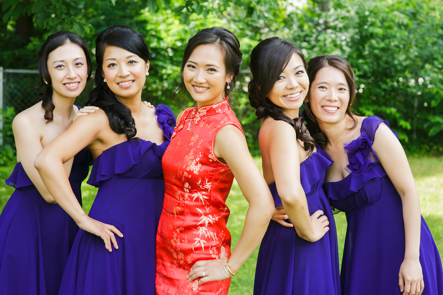 The bride and her bridesmaids at her Traditional Chinese Wedding Tea Ceremony | photo by Nicole Chan Photography