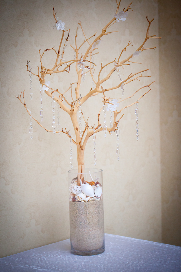 Crystal Tree for a Winter Themed Wedding in the Summer | photographer - Portrait Design by Shanti