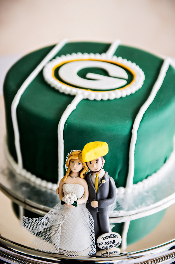 Green Bay Packers Grooms Cake | photo by Ross Costanza Photography | as seen on www.BrendasWeddingBlog.com
